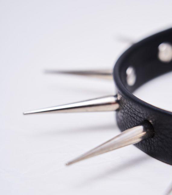 REAMEREI: choker in pelle con borchie nero 2